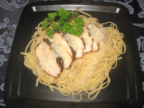 spicy rubbed chicken with beurre blanc over linguine | busy nothings